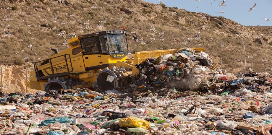 Compactador de resíduos BOMAG